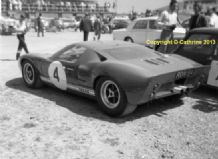 FORD GT40 Ron Fry's car in Silverstone paddock c.1966 . 10x7 amateur photo